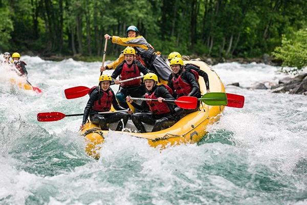 equipo-usado-en-rafting
